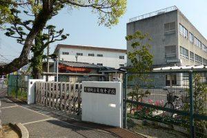 熊取中学校